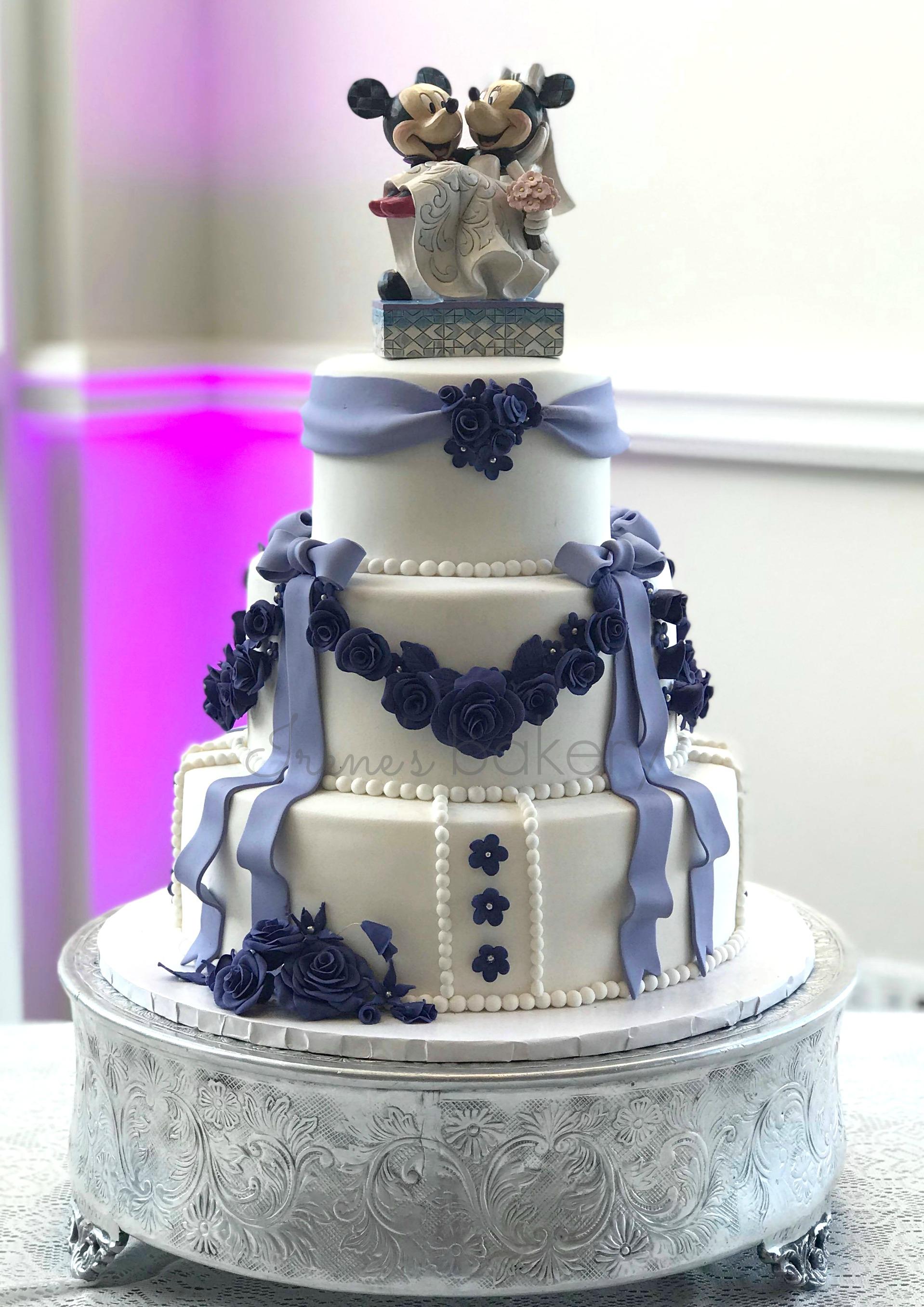 Mickey + Minnie wedding cake - irenes bakery